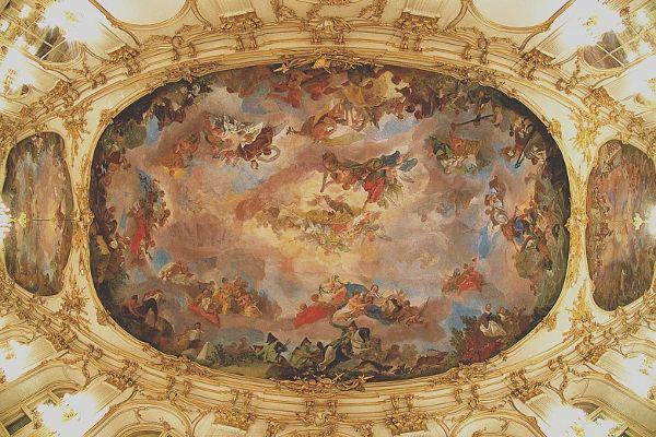 Deckenfresko der großen Galerie im Schloss Schönbrunn